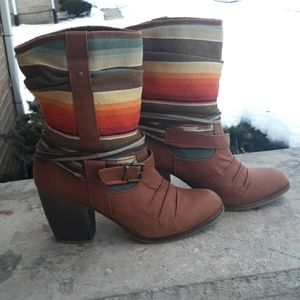Mossimo Supply Co boots